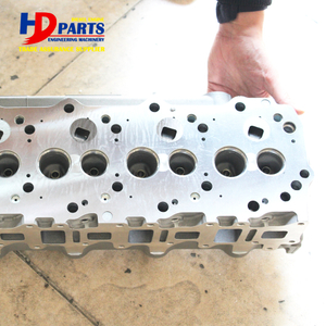 Diesel Engine Part 4M40 Cylinder Head ME202620 ME202621