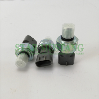Construction Machinery Diesel Engine Spare Parts Excavator Oil Pressure Sensor 4HK1 8-98027456-0 499000-7341