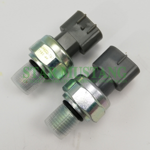 Construction Machinery Excavator 6HK1 Oil Sensor Engine Repair Parts 499000-7341 8980274560