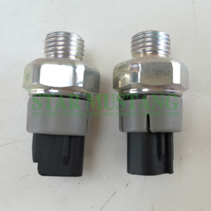 Construction Machinery Excavator J08E Oil Sensor Engine Repair Parts