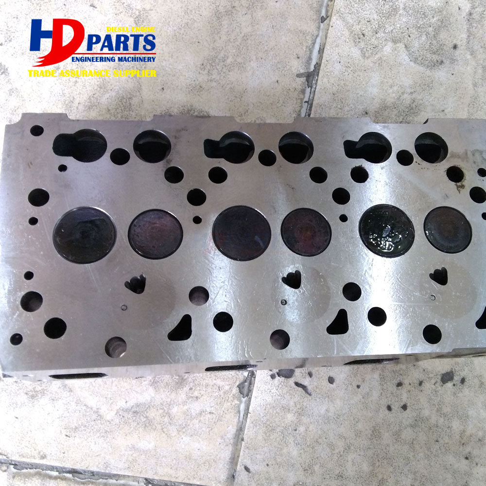 Diesel Engine Spare Parts D1105 Cylinder Head Assy